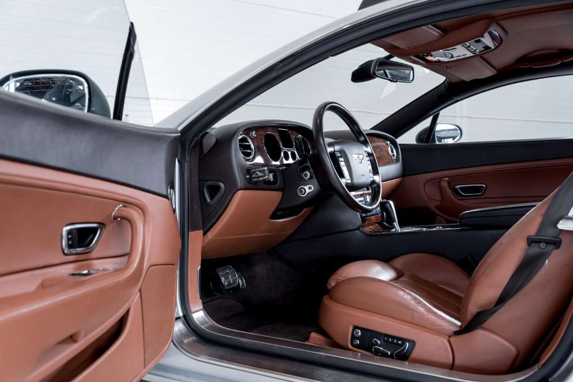 Bentley Continental GT 'Off Road' Inside 02