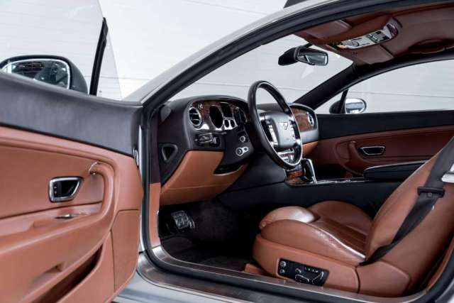 Bentley Continental GT 'Off Road' Inside 02