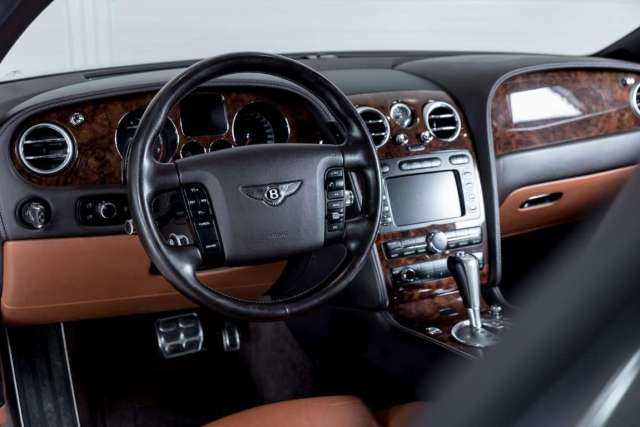 Bentley Continental GT 'Off Road' Inside 03