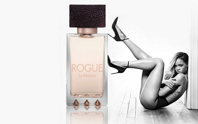 Rihanna-for-Rogue-perfume.jpg