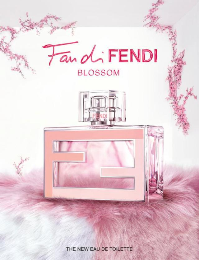 fan-di-fendi-blossom_bottle