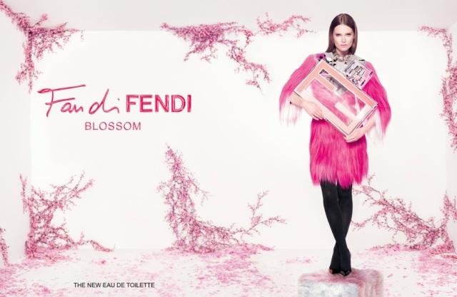 Fendi Fan di Fendi Blossom 2