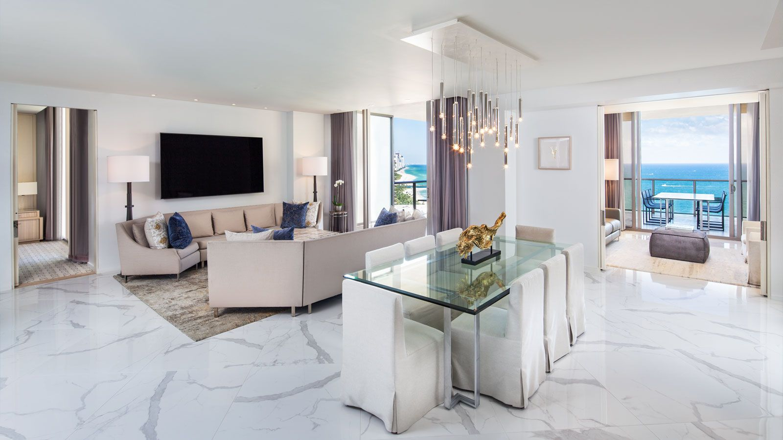 Sky-Lounge-Living-Room