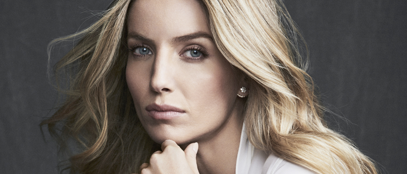 CARTIER-PANTHERE-DE-CARTIER-COLLECTION-FILM-STARRING-ANNABELLE-WALLIS.jpg
