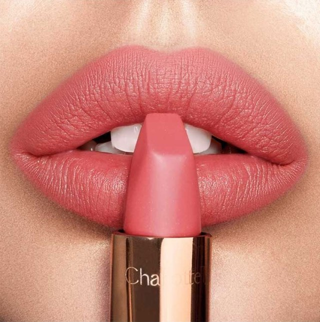 Charlotte-Tilbury-Matte-Revolution-Sunset-Lover_-lips