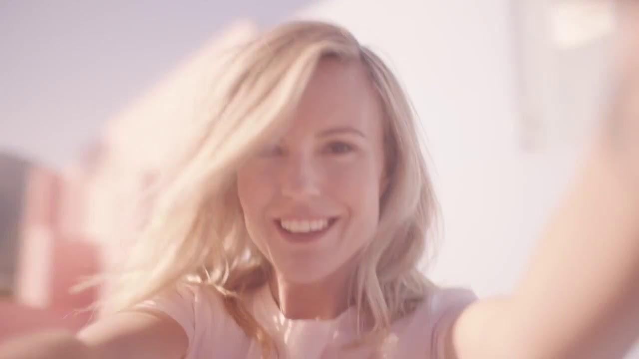 Escada-Celebrate-N.O.W.-Video-Sofi.jpg