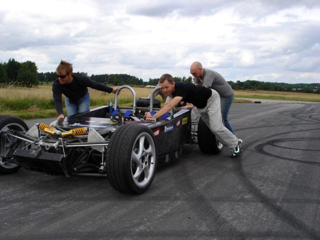 2006-Laboratorio-BEBI-Quercianella-Chassis-1024x768