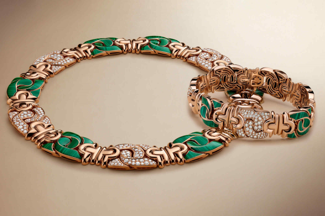 Bvlgari-Harrods-Collection-Parentesi-Bracelet-And-Necklace-Rose-Gold-Diamond-Malachite