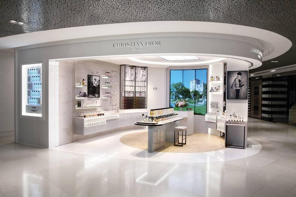 Christian-Dior-Singapore-01