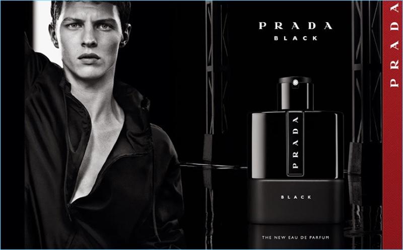 Tim-Schuhmacher-2018-Prada-Luna-Rossa-Black-Campaign.jpg