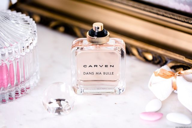 Carven-Dans-Ma-Bulle-Banner-Flacon-03