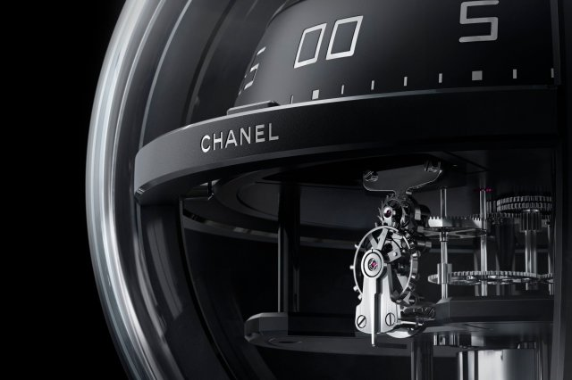H5965-Monsieur-de-chanel-chronosphere-clock_03