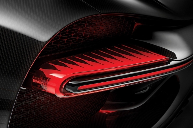2019-bugatti-chiron-sport-details-6-1440x900-e1541722355456.jpg
