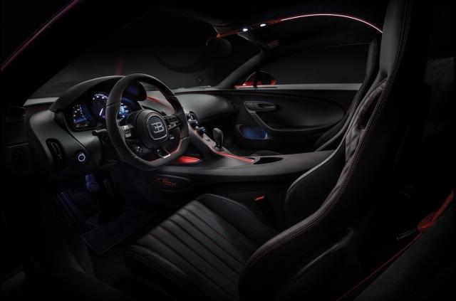 2019-Bugatti-Chiron-Sport-Interior-1-1440x900