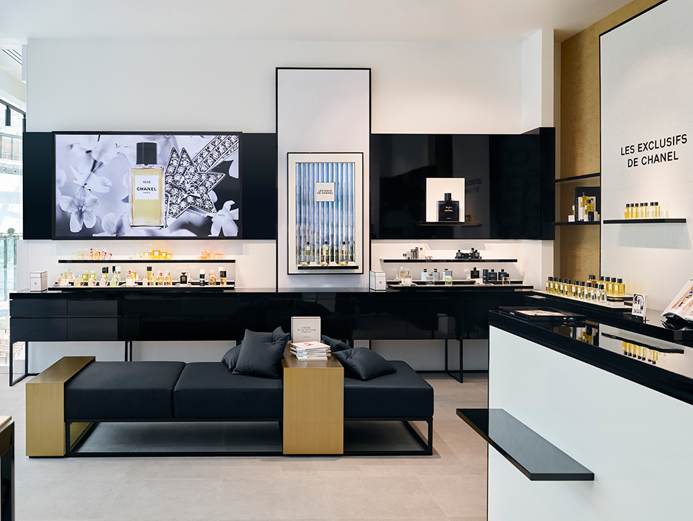 CHANEL-Fragrance-and-Beauty-Boutique-in-Dubai-003.jpg