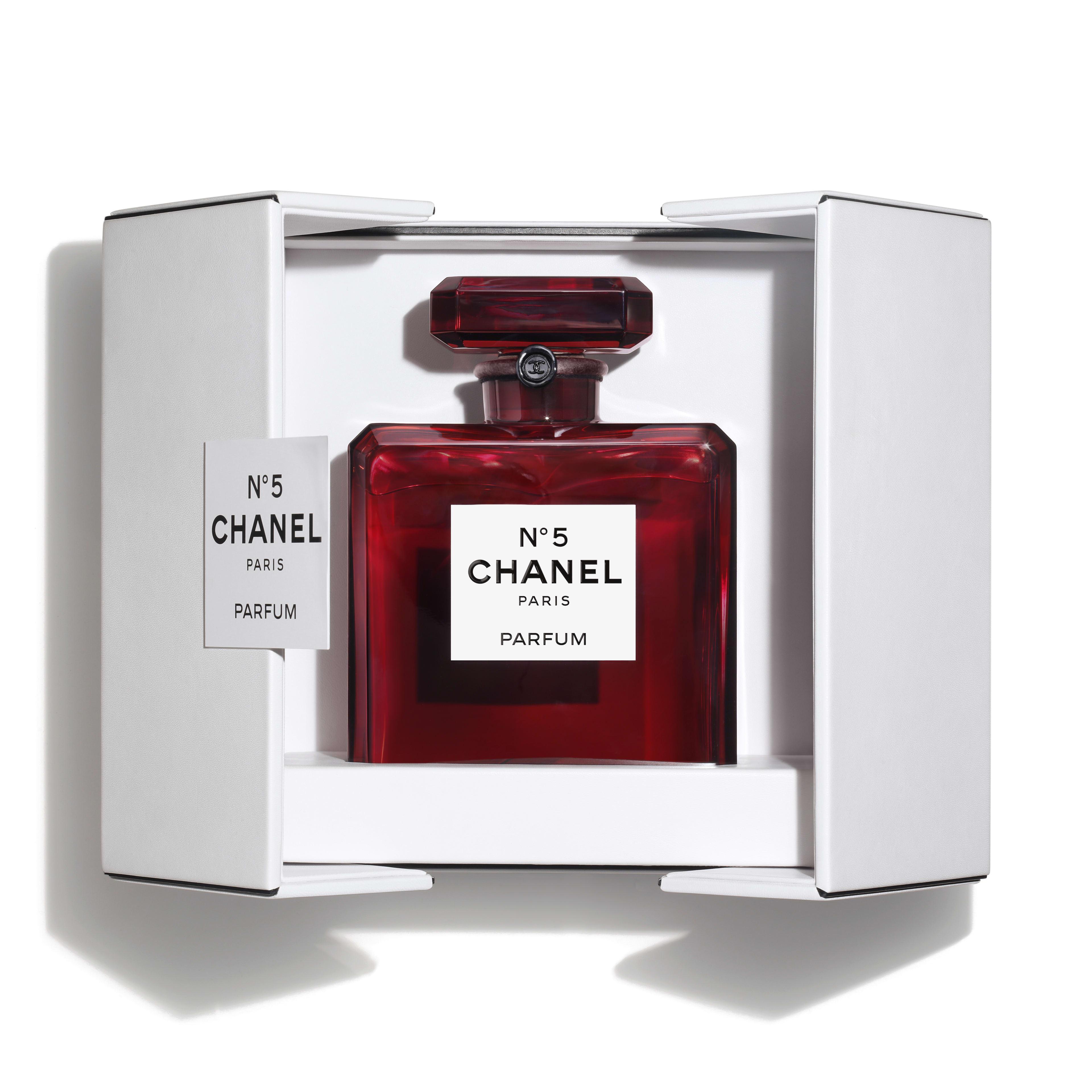chanel-n-5-limited-edition-grand-extrait-packshot-default-120677-8810658168862.jpg