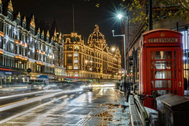 Moresque-Midnight-London-Banner1.png
