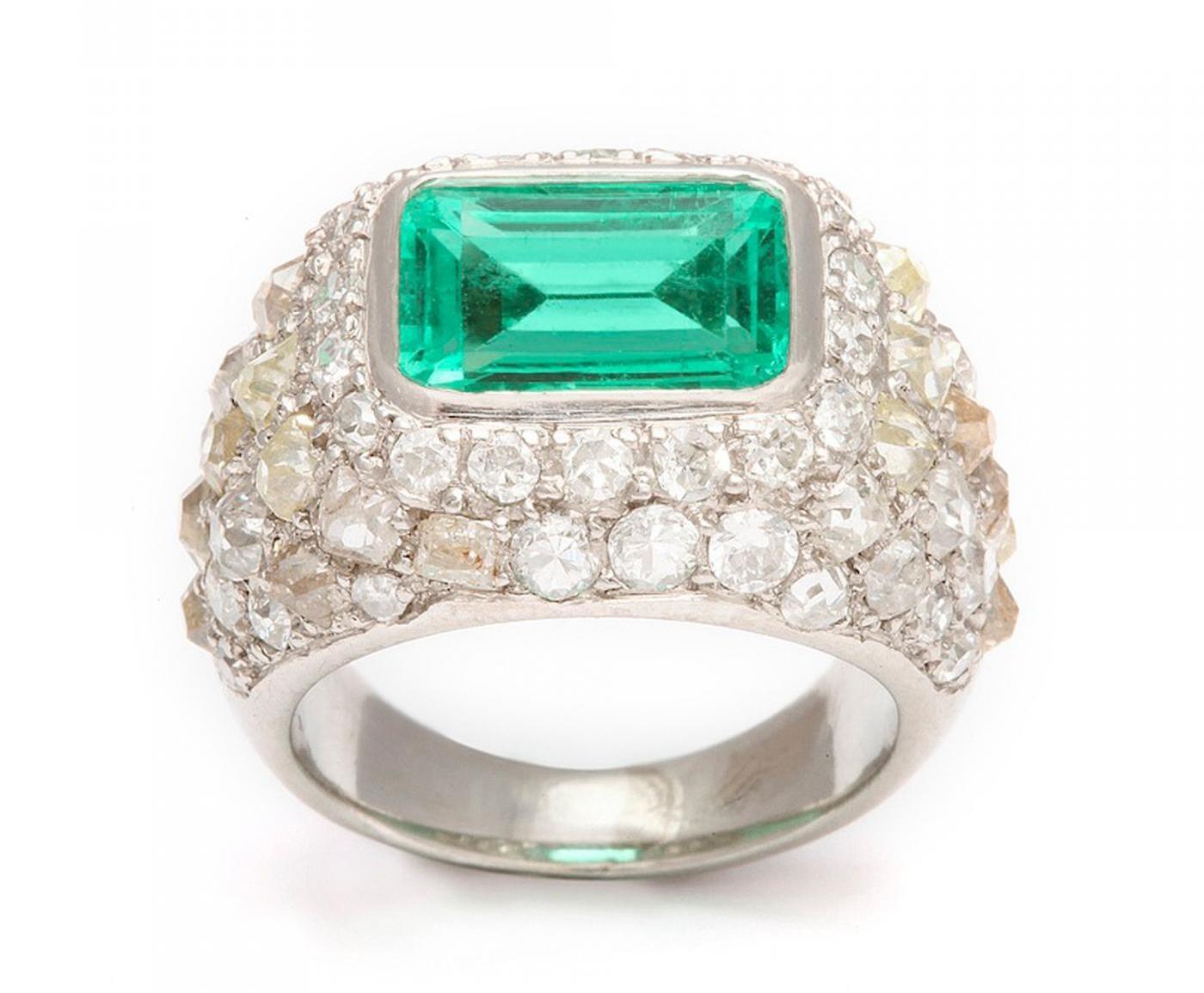 Rene-Boivin-Emerald-Diamond-Ring-in-Platinum-126757-85557