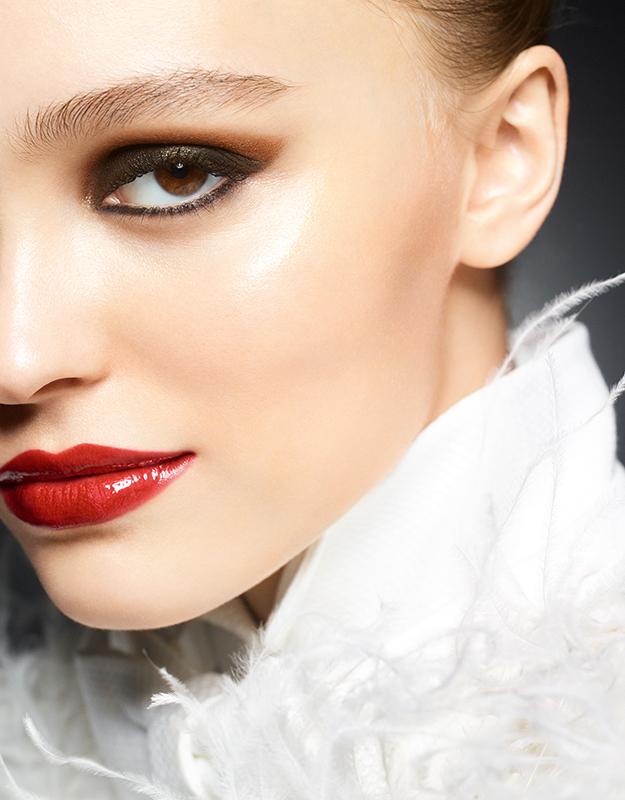 Chanel-Le-Libre-Maximalisme-de-Chanel-Lily-Rose-Depp.jpg