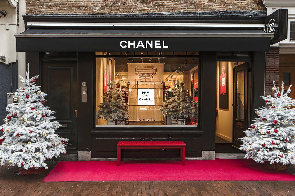 Chanel-Pop-Up-Amsterdam-01