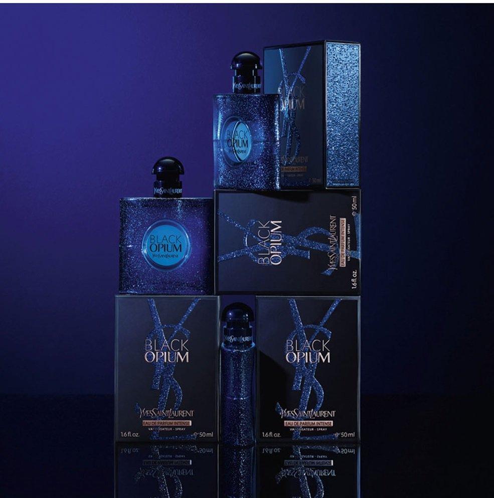 Yves-Saint-Laurent-Black-Opium-Intense-Flacons