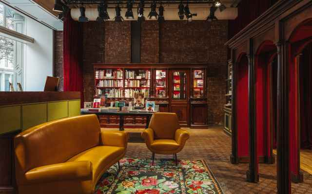 Gucci-Wooster-Bookstore-New-York-02
