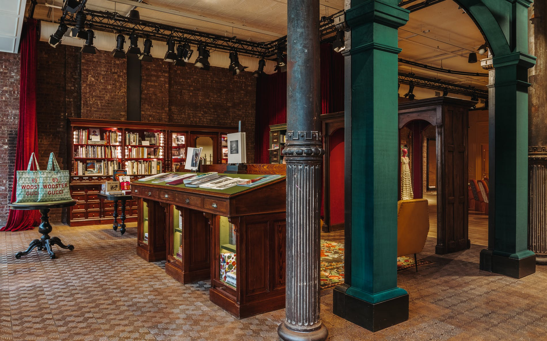 Gucci-Wooster-Bookstore-New-York-05