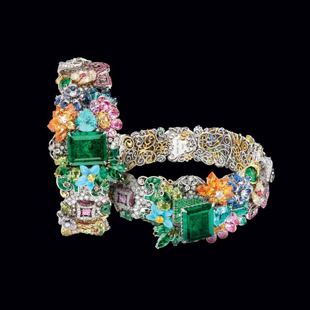 Christian-Dior-Emerald-South-Parterre-Watch-Secret-Watch.jpg