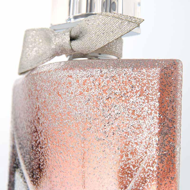 Lancôme-La-Vie-Est-Belle-Sparkly-Christmas-Edition-Flacon-Detail2.jpg