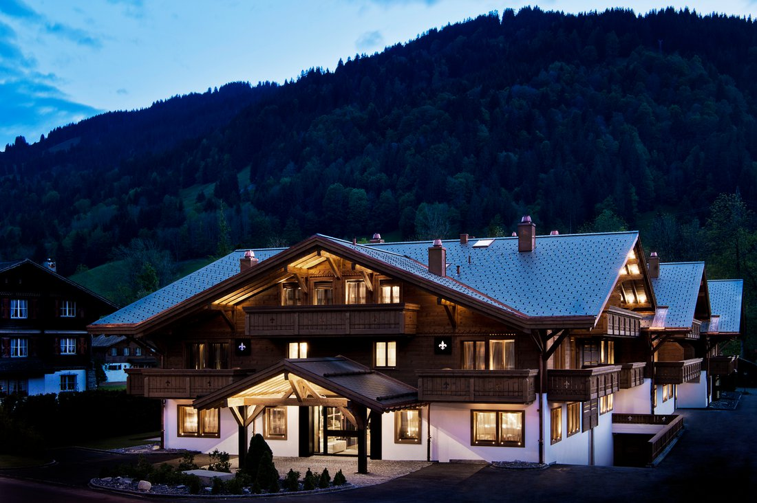 Ultima-Gstaad-Hotel-Residences-Spa-Clinic.jpg