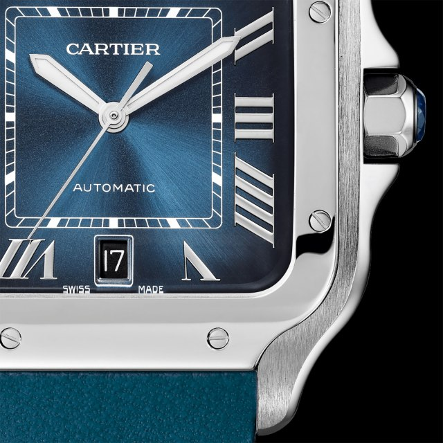 Cartier-Santos-Gradient-Blue-dial-3.jpg