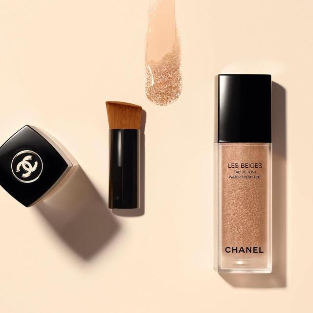 Chanel-Les-Beiges-Water-Fresh-Tint-Banner
