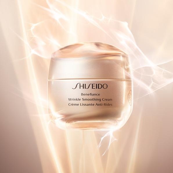 Shiseido-Benefiance-Wrinkle-Smoothing-Visual