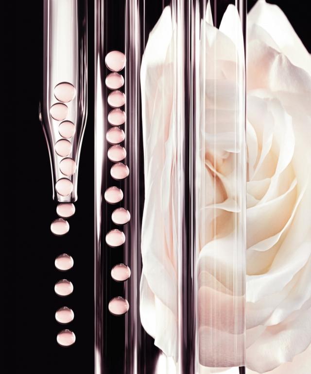 Dior-Prestige-La-Micro-Huile-de-Rose-Banner-02.jpg