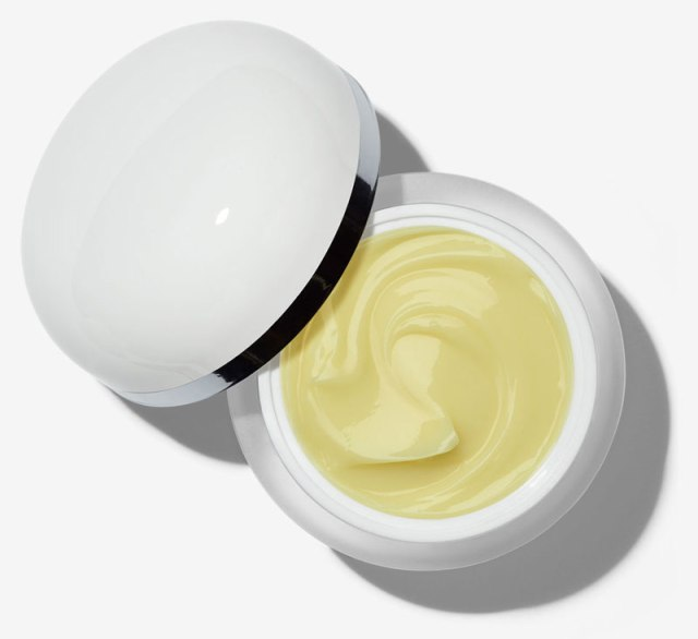 Marc-Jacobs-Youthquake-Hydra-Full-Retexturizing-Gel-Crème-Visual-Jar-Open.jpg