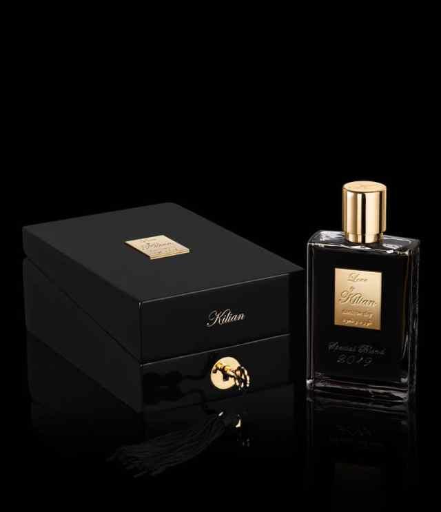By-Kilian-Love-Don't-Be-Shy-Rose-and-Oud-Box-Flacon2
