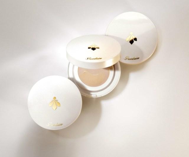 Guerlain-Abeille-Royale-Bee-Glow-Aqua-Cushion-01.jpg