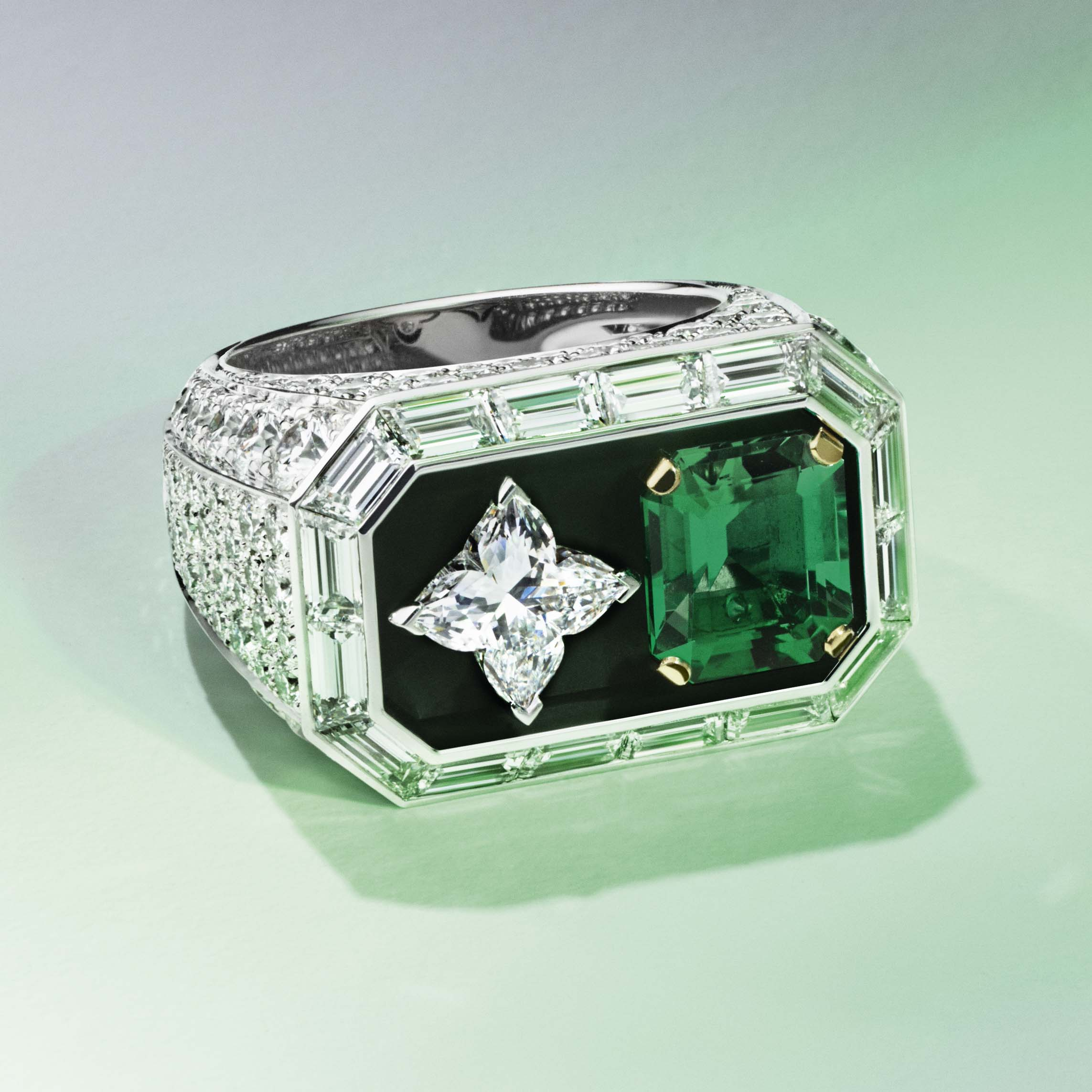 louis_vuitton_riders_of_the_knights_le_royaume_diamond_and_emerald_ring