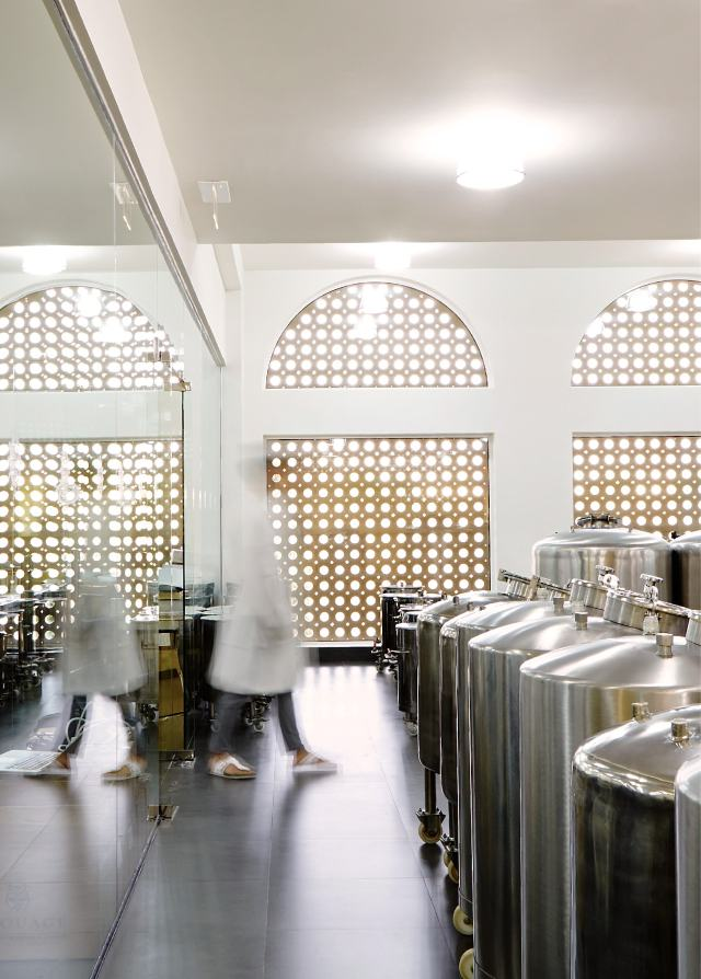 Amouage-Muscat-Factory-and-Visitor-Center+Large-04-min.jpg