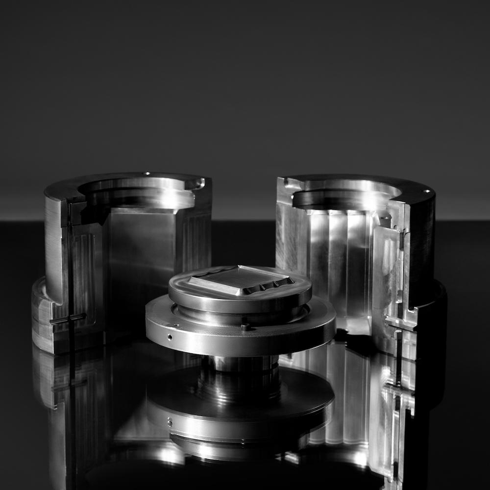 Celine-Haute-Parfumerie-Collection-01.jpg