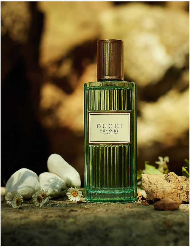 Gucci-Mémoire-d'Une-Odeur-Flacon-02