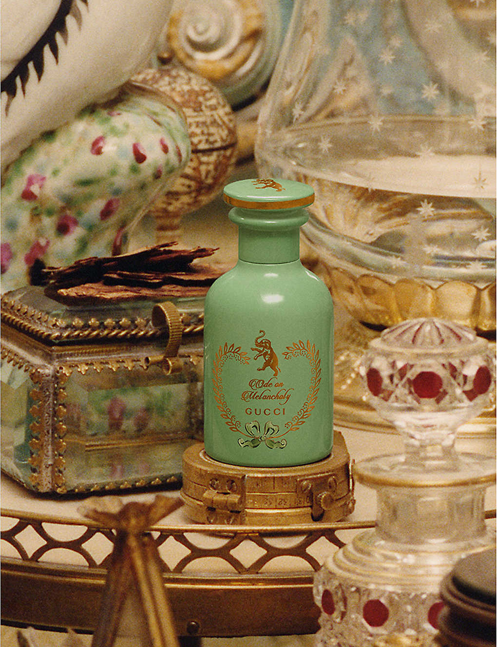 Gucci-The-Alchemist-Garden-Ode-on-Melancholy-Perfumed-Oil-20ml-01