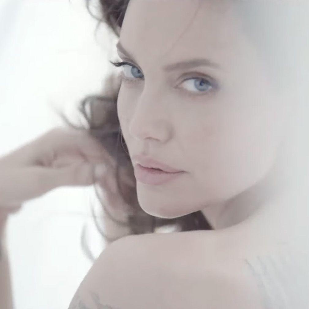 Guerlain-Mon-Guerlain-Eau-De-Parfum-Intense-Angelina-Jolie-Video
