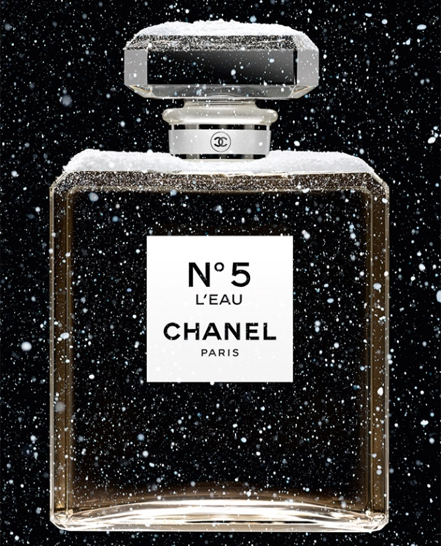 Chanel-Holiday-Campaign-2019-x-inside