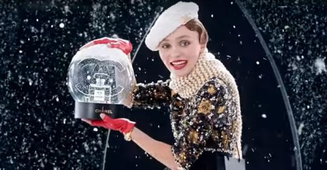 Shake-Up-The-Holiday-Spirit-Chanel-1572525102.jpg