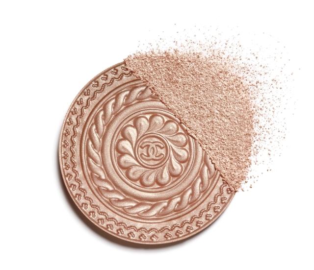 eclat-magnetique-de-chanel-illuminating-powder-metal-peach-packshot-default-151500-8819395624991.jpg
