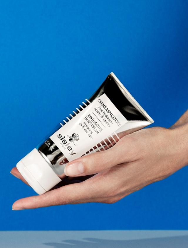 Sisley_Restorative_Hand_Cream.jpg