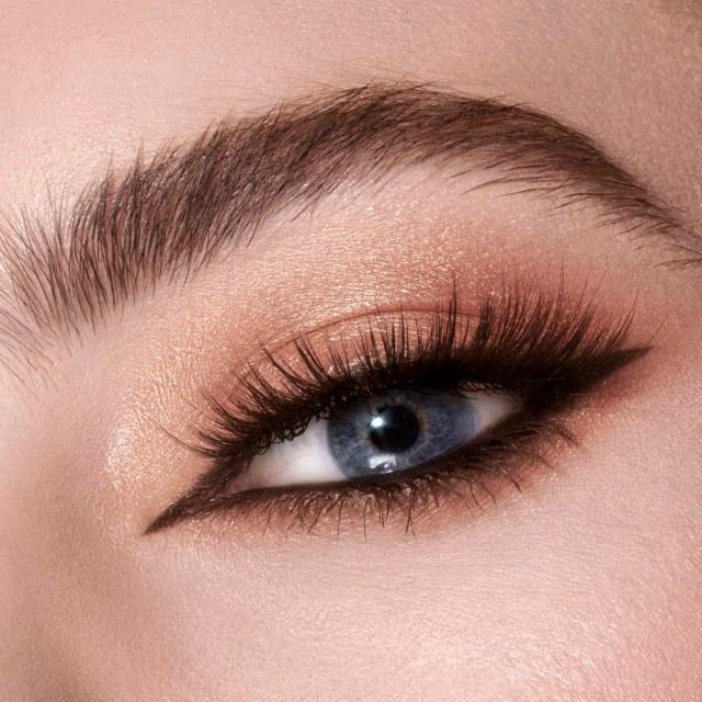 Charlotte-Tilbury-Starry-Eyes-to-Hypnotise-Instant-Eye-Palette-04