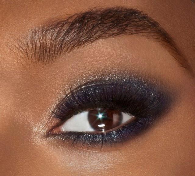 Charlotte-Tilbury-Starry-Eyes-to-Hypnotise-Instant-Eye-Palette-05