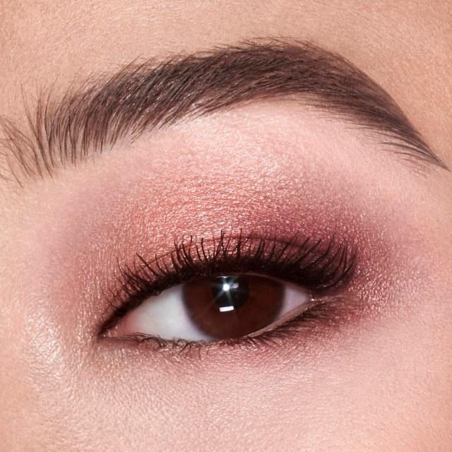 Charlotte-Tilbury-Starry-Eyes-to-Hypnotise-Instant-Eye-Palette-06